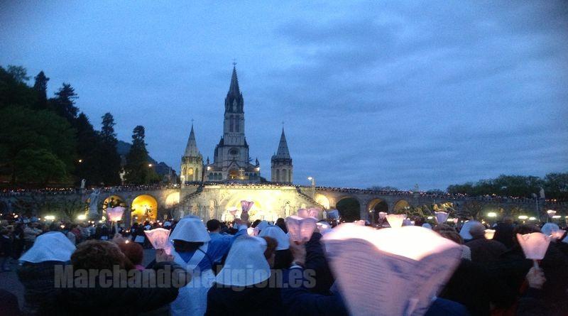 Una pausa-Las Apariciones de Lourdes-Marchando Religión
