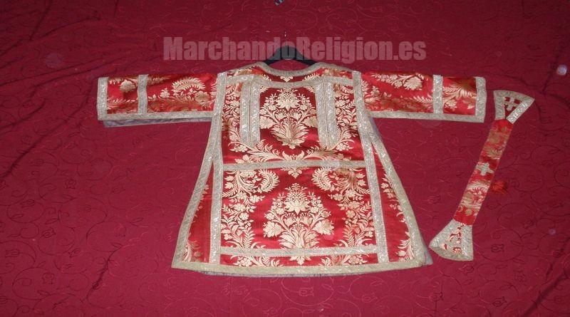 Las ropas litúrgicas-MarchandoReligion.es