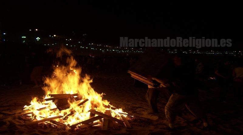 Notre Dame arde y...-MarchandoReligion.es