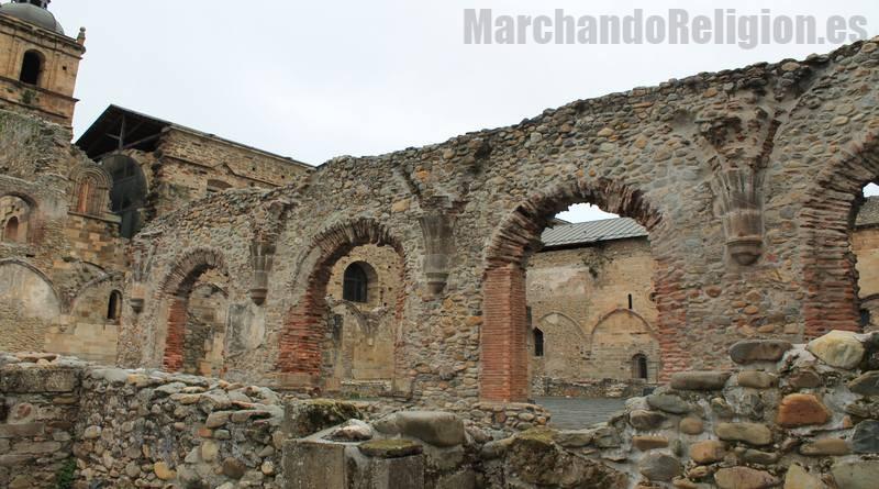Católicos tibios-MarchandoReligion.es