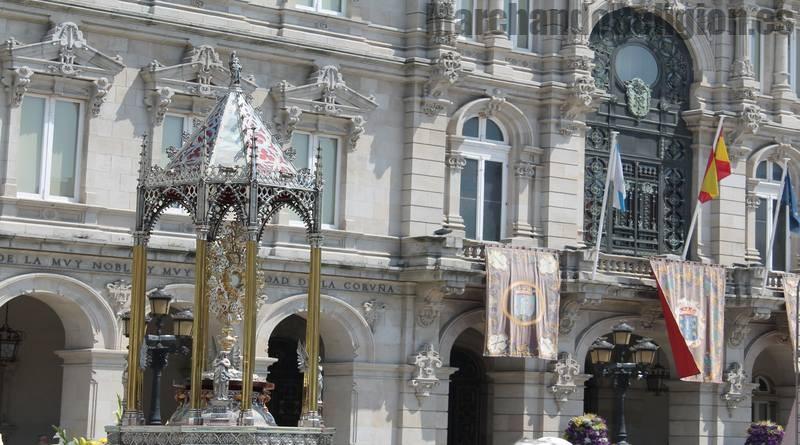 Fiesta del Corpus Christi-MarchandoReligion