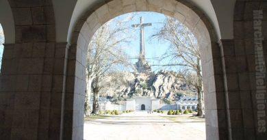 el tribunal supremo profana la cruz-MarchandoReligion.es