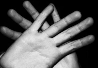 Yo no Comulgo en la mano-MarchandoReligion.es