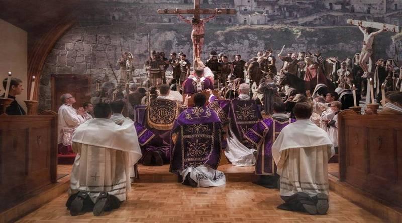 La Santa Misa...del Viernes Santo-MarchandoReligión