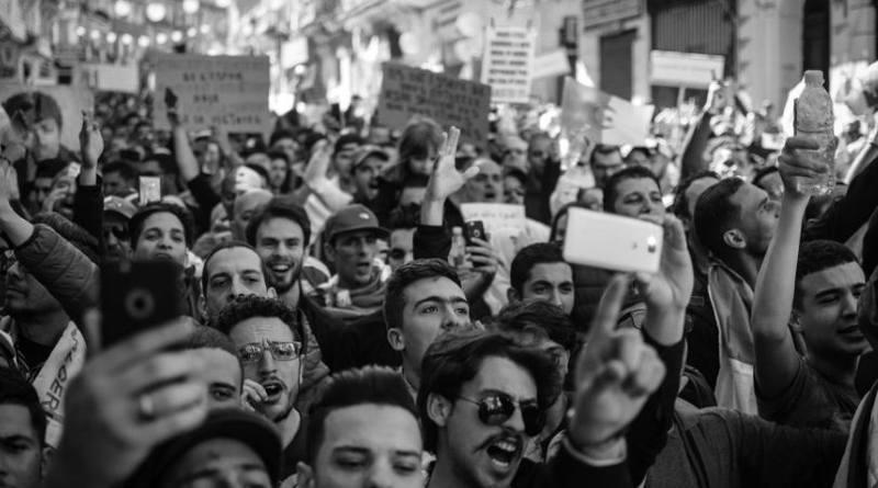 Catolicismo y política.Conceptos sociológicos (1ª parte). La Sociedad de la muchedumbre-MarchandoReligion.es