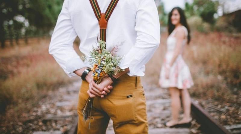 Matrimonio mixtos-Un católico no debe enamorarse de un no católico-MarchandoReligion.es