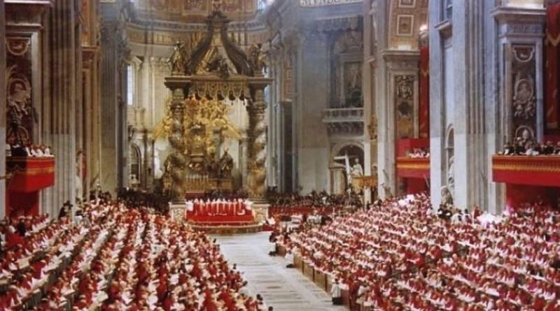 Vaticano II Monseñor Viganó responde al Padre de Souza (y al padre Weinandy)-MarchandoReligion.es
