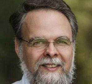 Profesor Peter Kwasniewski-Slider
