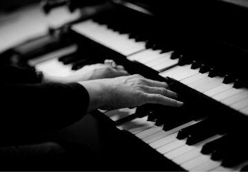 ¿Quiénes pueden ser llamados organistas-MarchandoReligion.es