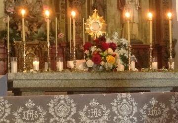 La presencia real de Cristo en la Eucaristía-MarchandoReligion.es