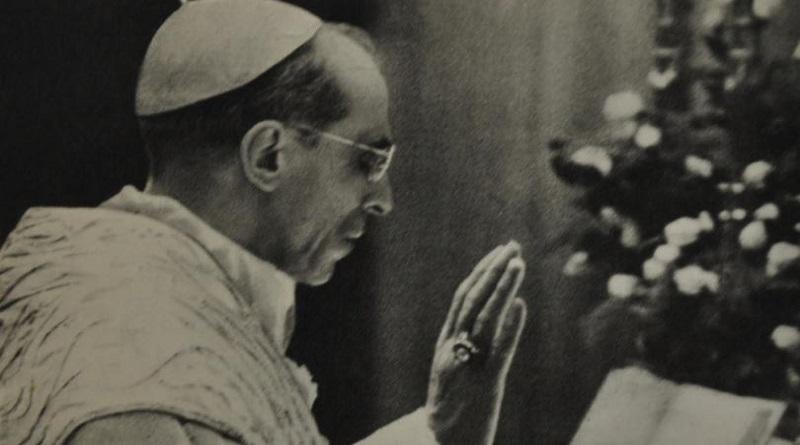 ¿Coincidencias durante el reinado del Papa Pío XII? Antecedentes políticos del Vaticano II y de los cambios litúrgicos