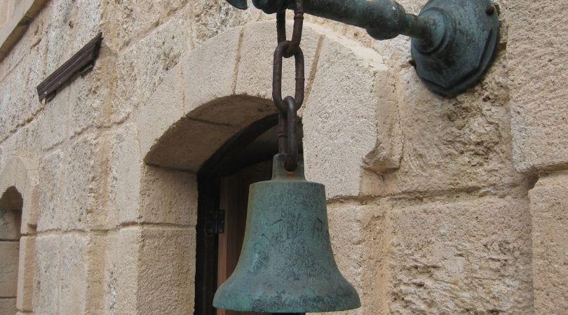 La campana de la vida-MarchandoReligion.es