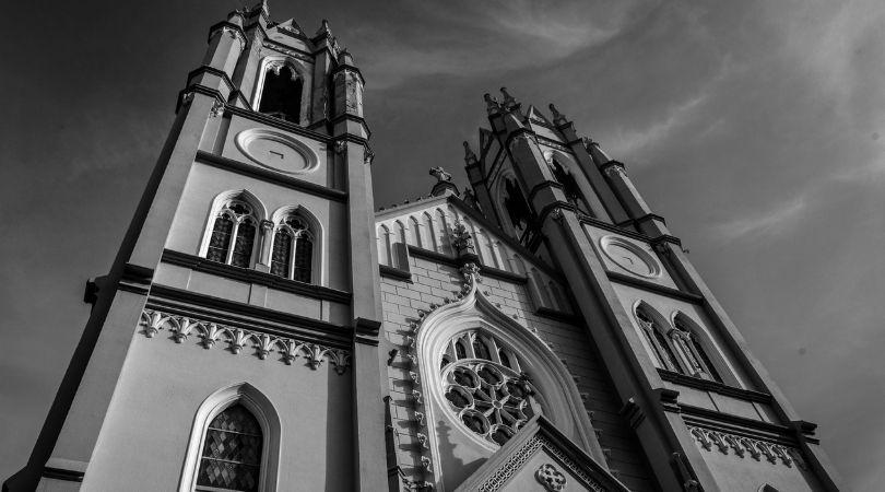 El libertario y la libertad religiosa-MarchandoReligion.es